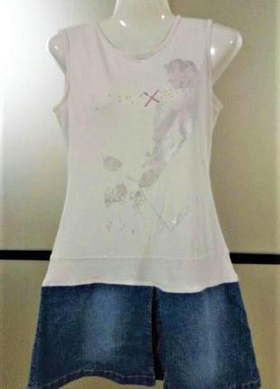 Трикотажное белое платье с джинсовой юбкой. мини платье в...