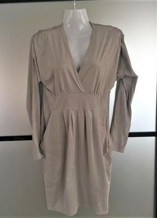 Стильное платье свободного фасона с рукавом. пастельное платье...