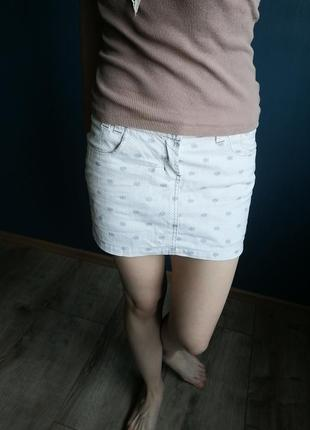 Котоновая джинсовая белая мини короткая юбка. хс/с