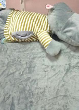 Подушка игрушка бегемотик и плед. подарок для ребёнка