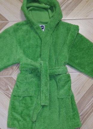 Салатовый махровый халат с капюшоном. 6-8лет.есть цвета и размеры