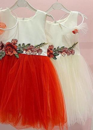 Нарядное белое с красным платье для малышки пышная юбка. разме...