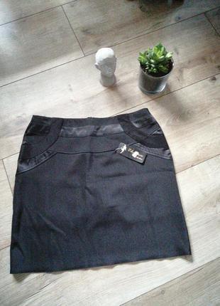 Черная прямая юбка карандаш. чёрная юбка карандаш короткая. л-...