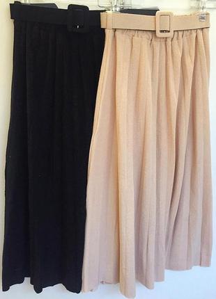 Плотная бежевая юбка миди плиссе. базовая миди юбка на резинке...
