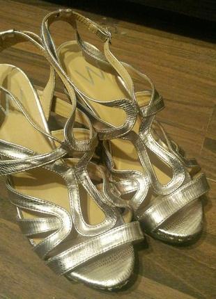 Босоножки сандали на танкетке платформе m