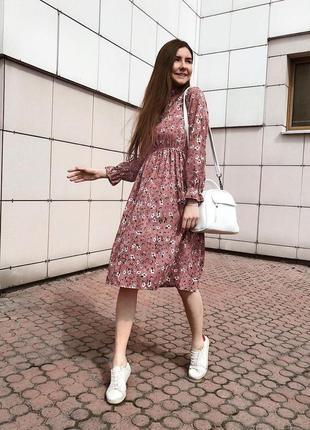 Розовое коралловое миди платье из микровельвета.платье в цвето...