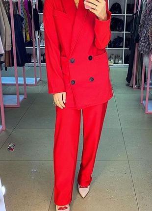 Базовый красный брючный костюм. костюм брючный оверсайз брюки ...
