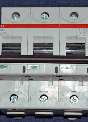 Автоматический выключатель ABB S803C-C125 (2CCS883001R0844)
