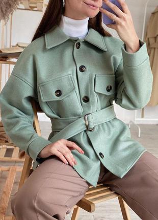 Трендовая фисташковая зелёная плотная рубашка - пальто. рубашк...