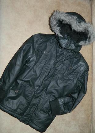 Куртка зимняя черная на мальчика 8-9 лет