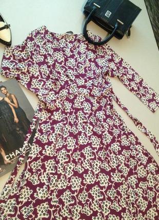 Трикотажное платье на запах принт вискоза.01