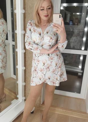 Красивое короткое платье цвета в ассортименте