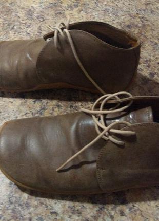 Продам мужские ботинки Journey
