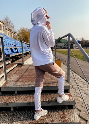Спортивный повседневный костюм худи