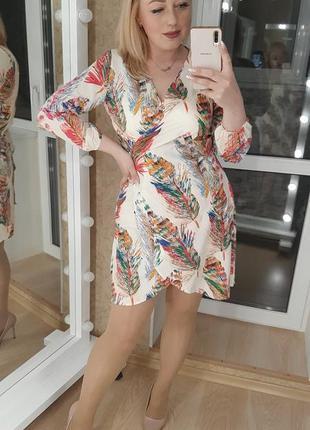 Платье красивое цвета в ассортименте