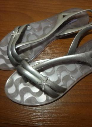 Классные сандалии/вьетнамки/босоножки ipanema 37 размер