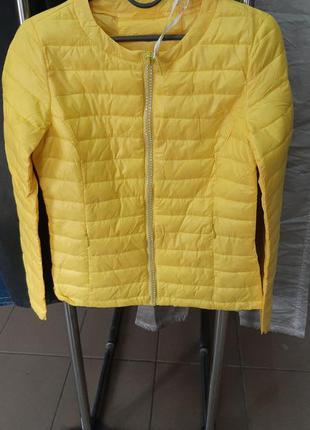 ❤супер стильная весенняя курточка италия жёлтого цвета