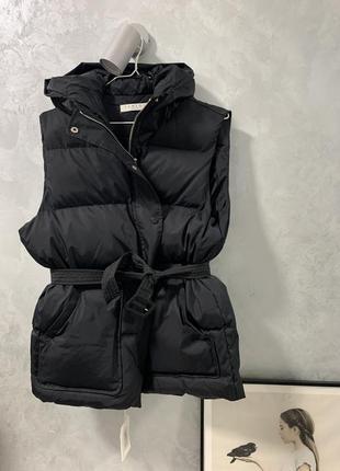 Жилетка куртка в стиле ienki ienki оверсайз безрукавка черная
