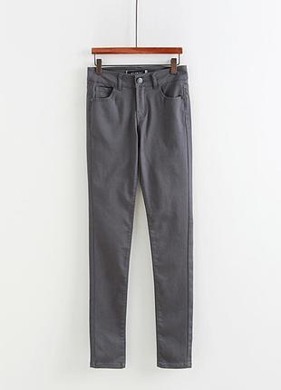 Штаны на стройную с эффектом пуш-ап  американского бренда c'es...