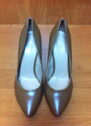 Шикарные туфли лодочки коричневые на каблуке экокожа