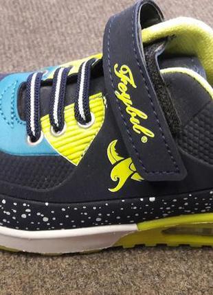 Кроссовки для мальчика  синие 31 34 35 размер