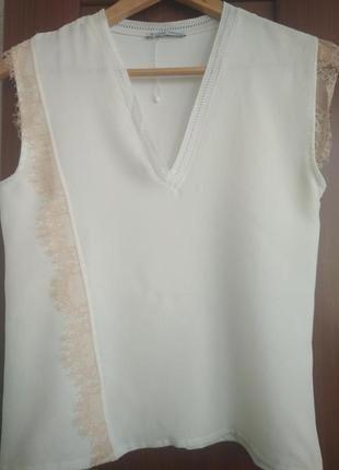Необычная блуза с кружевом zara