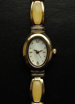 Valetta часы из сша с элегантным браслетом мех japan sii