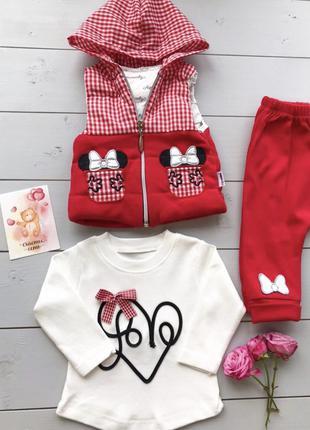 Красный костюмчик для девочки