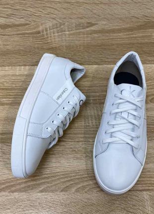 Белые кожаные кеды на шнурках есть размеры