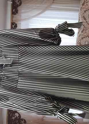 Новое женское платье в полоску