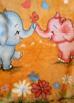 Детский плед-одеяльце ярко-оранжевого цвета слоники