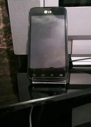 Смартфон LG Optimus L5 Dual, E455. Под ремонт или на запчасти!