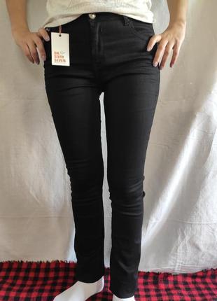 Черные классические джинсы sixtyseven