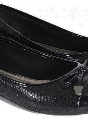 Красивые фирменные туфли с кожаной стелькой тм plato 37 размер