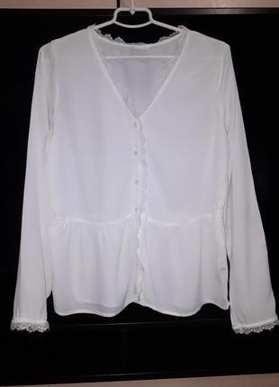 Красивая нарядная блузка раз.м
