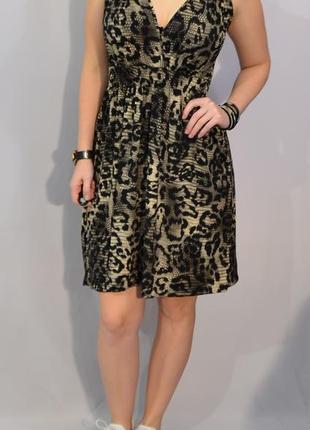783\50 летнее платье с животным принтом