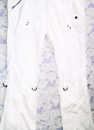 Белые штаны, брюки карго, бриджи с карманами Chicoree