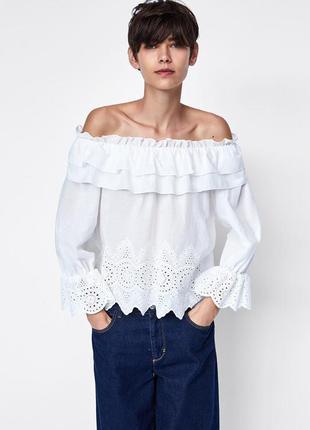 Zara блуза с вышивкой и рюшами