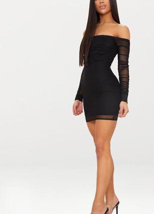 Платье на плечики. новое с биркой. размер s. prettylittlething.