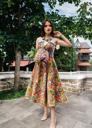 Дизайнерское платье. украинский стиль. размер m. новое.