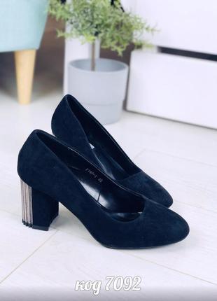 Туфли на каблуках туфлі на підборах туфельки