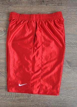 Оригинальные спортивные шорты nike ® размер: m