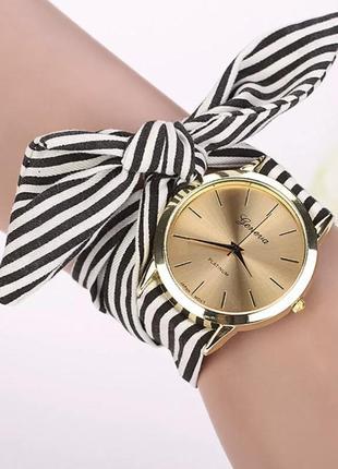 Часы, часики, часы женские, длинным ремешком черные, белые