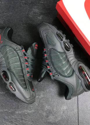 Мужские кроссовки серые Nike Air Max 7692