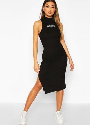Boohoo. облегающее черное платье в рубчик с воротником-стойка