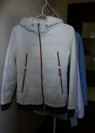 Куртка  для девочки  s