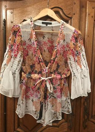 Блузка-накидка в цветочный принт
