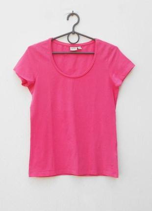 Розовая хлопковая футболка