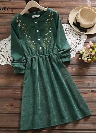 Изумительное миди платье изумрудное в винтажном стиле разные р...