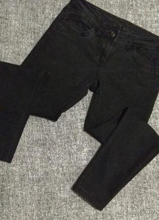 Плотные стрейчевые джинсы/идеальная посадка/от river island/м -10